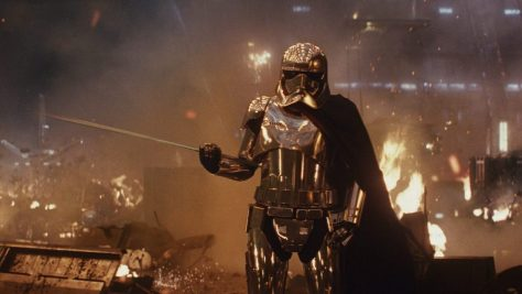Spoilers: Rian Johnson Discusses Luke, Snoke, Phasma, and Rey's Parentage reveal in Star Wars: The Last Jedi!