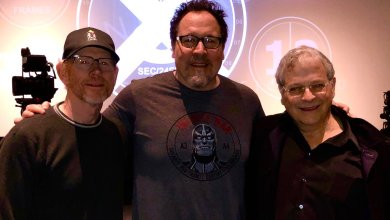 "Photo of Updated with hint! Ron Howard confirms Jon Favreau to voice an ""important alien"" in Solo: A Star Wars Story!"