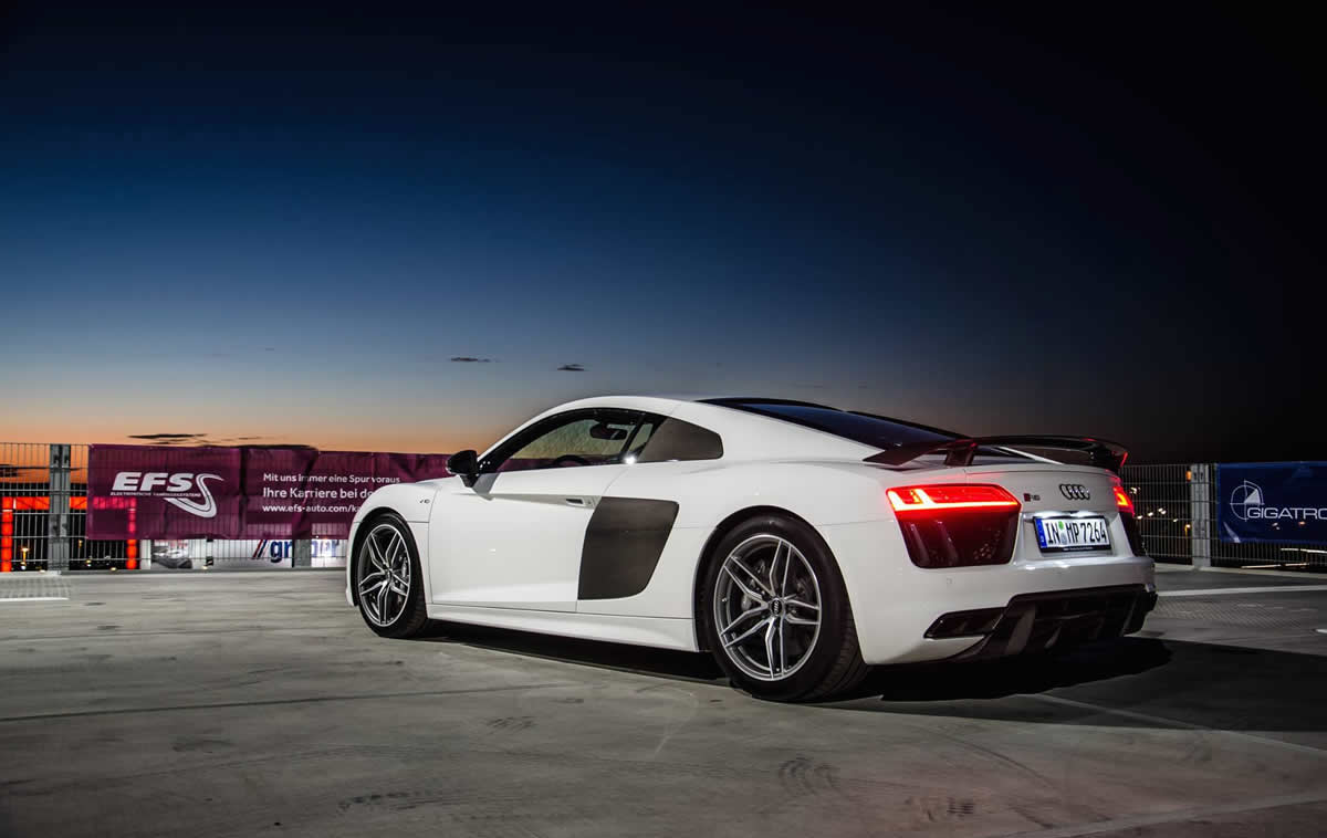 Teardown: The Audi R8 V10+