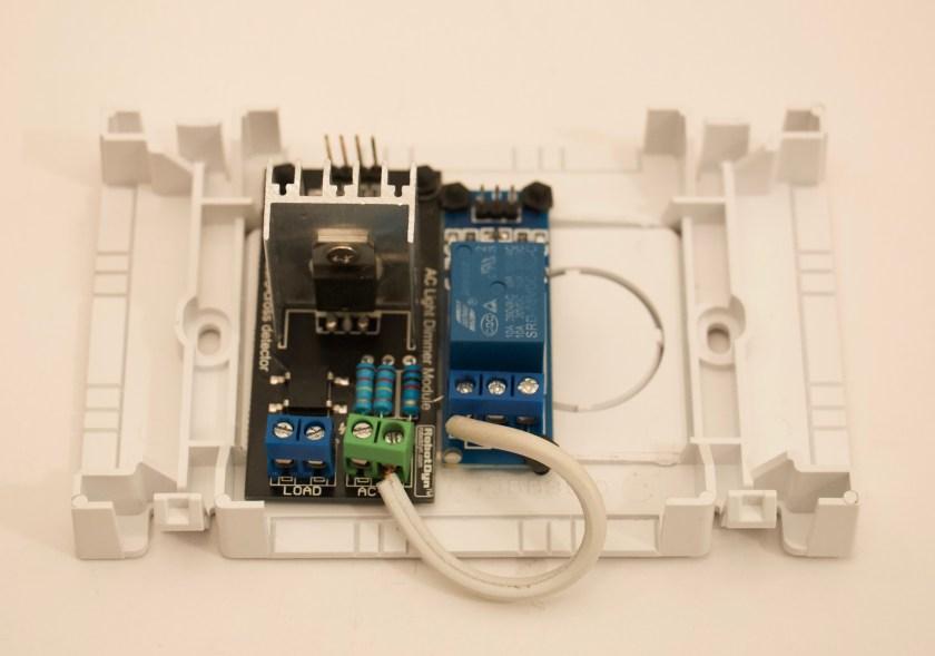 5-AC in Wallbox.jpg