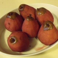 poached pears returns them to red...
