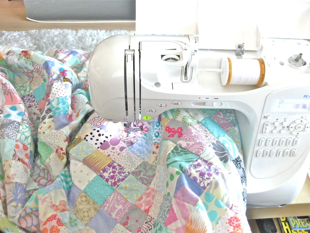 DIY Queen sized chenille quilt - sewing diaganol lines to create the faux chenille