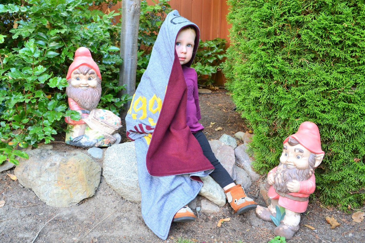 How to Make a Reversible Hooded Baby Blanket - ivy