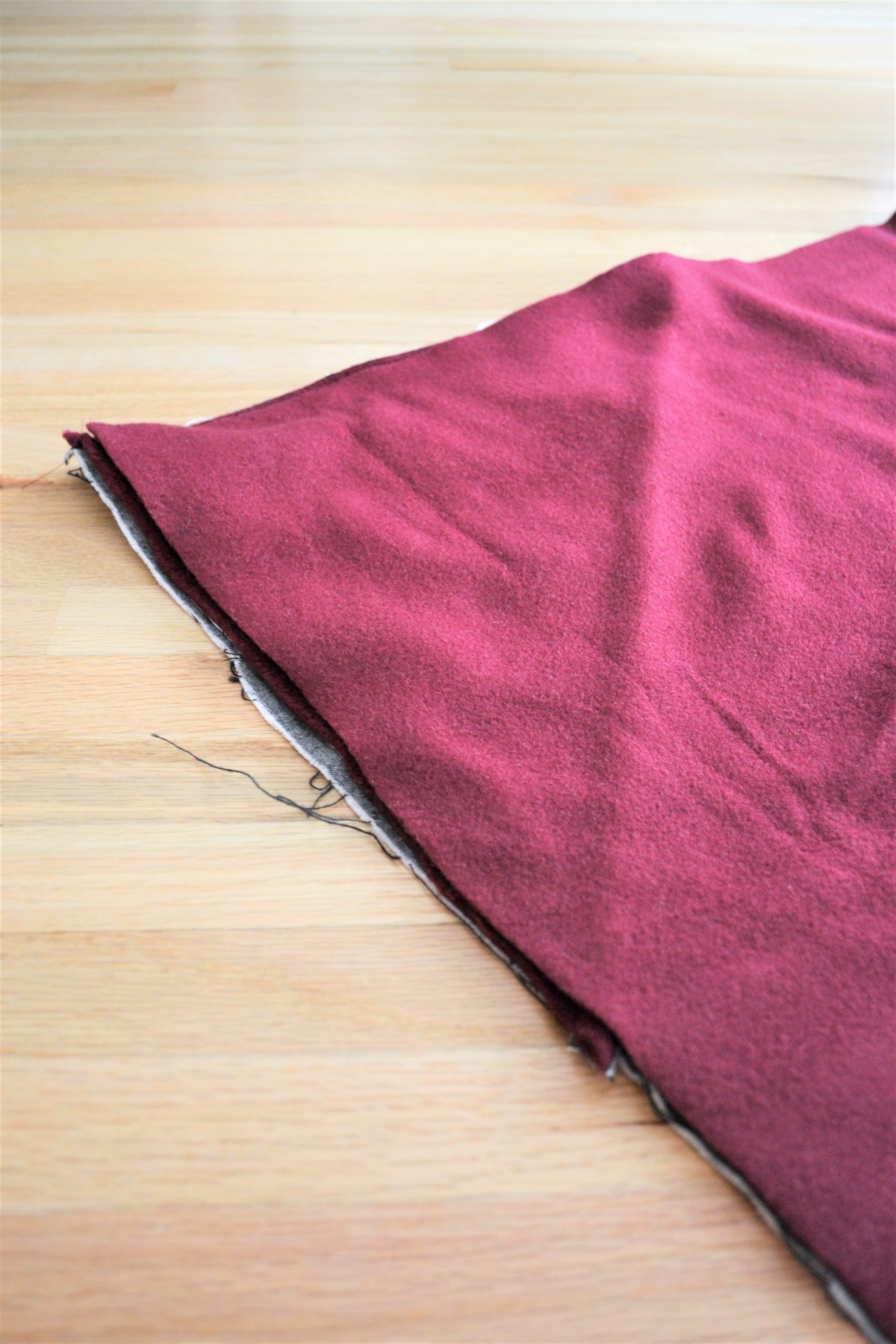 How to Make a Reversible Hooded Baby Blanket - make a blanket sandwich