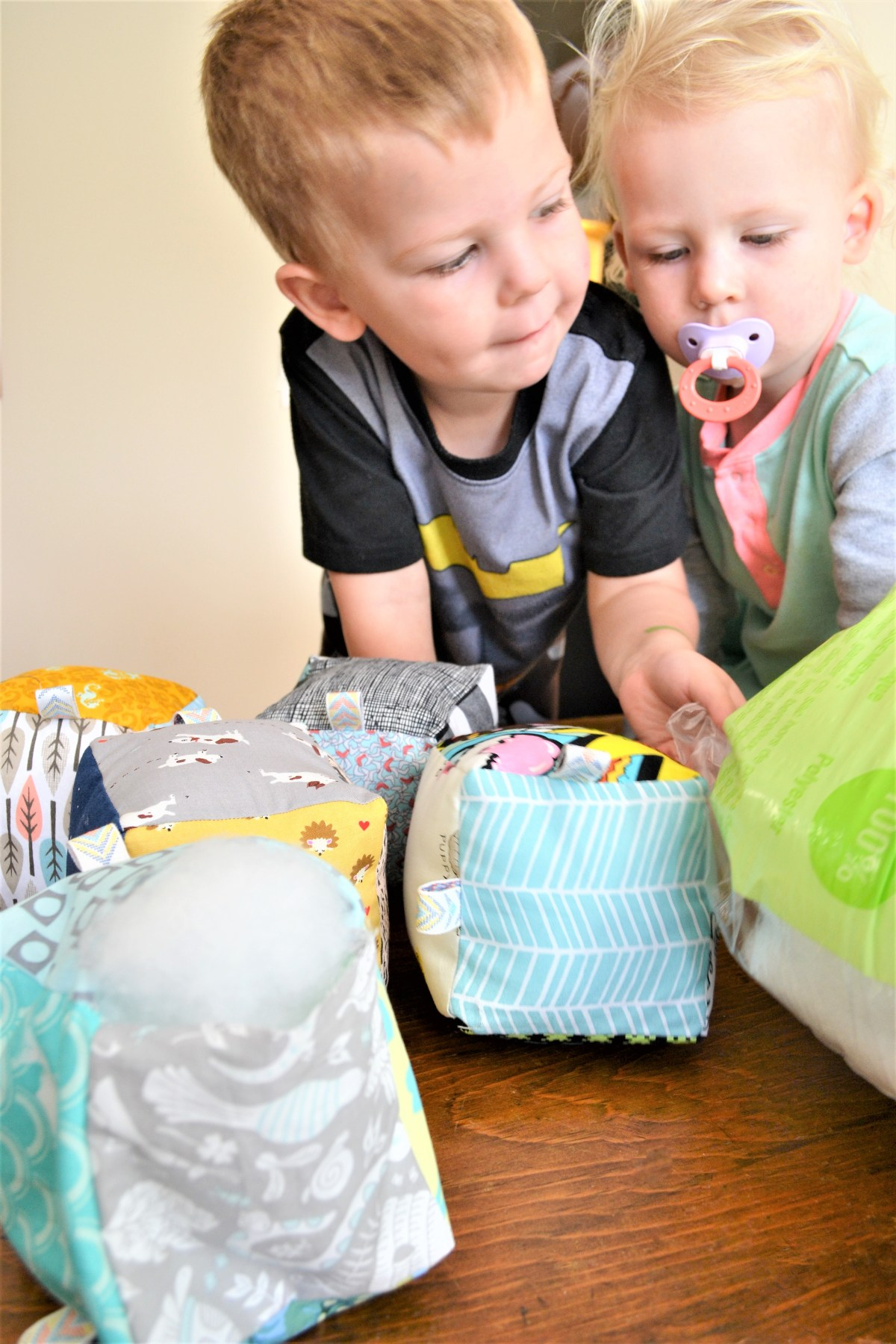 How to Sew Baby Blocks With Taggies! - kids helping