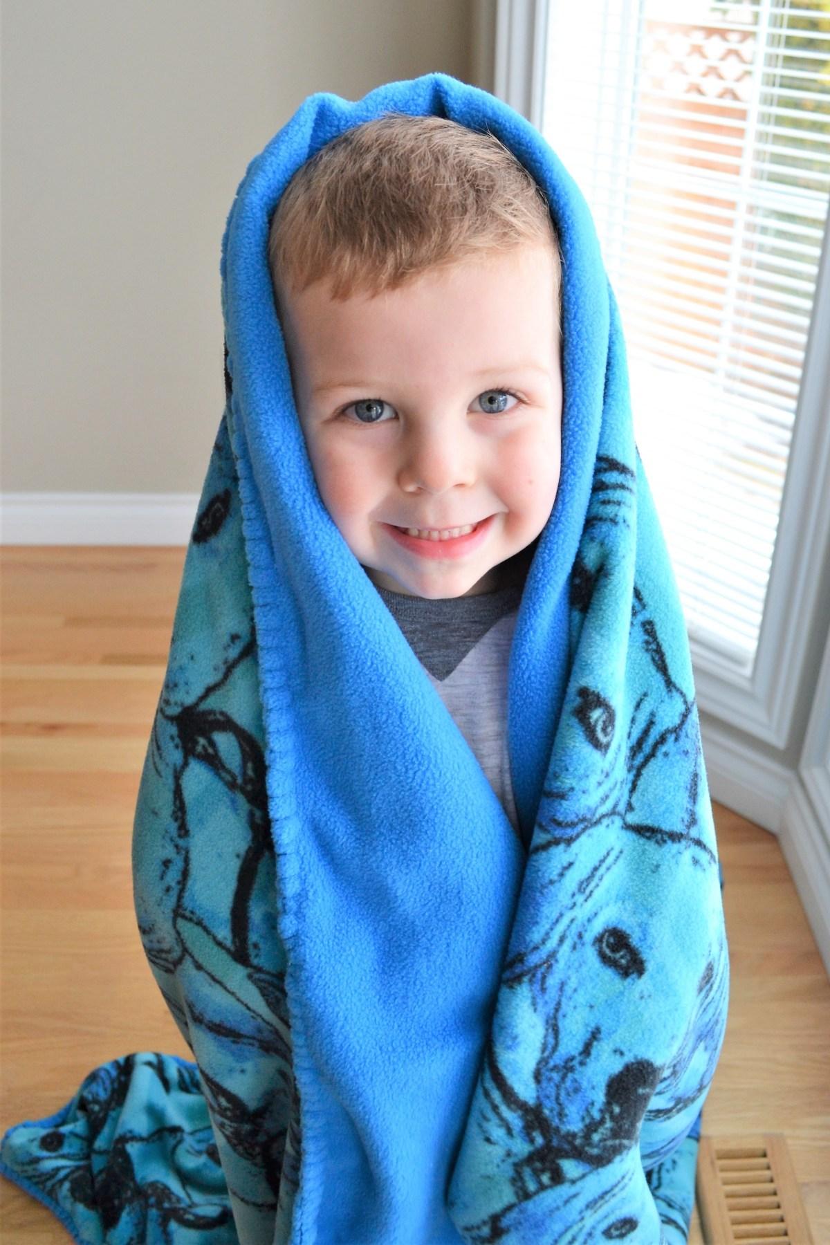 Hand Sewn Fleece Toddler Blanket Tutorial! - The Blanket Stitch! - puppy blanket