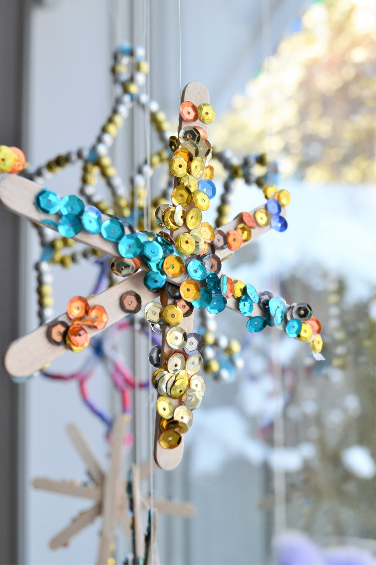 How to Make a Snowflake - hang in window