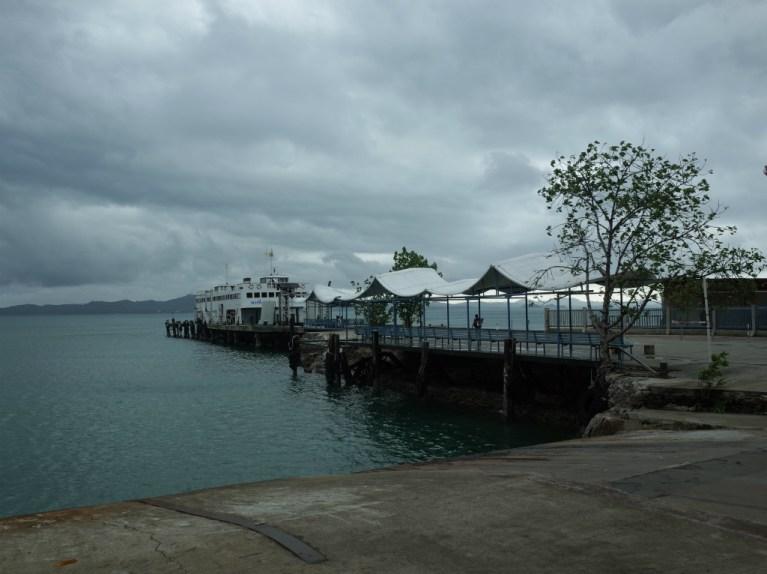チャーン島のアオ・サパロット埠頭