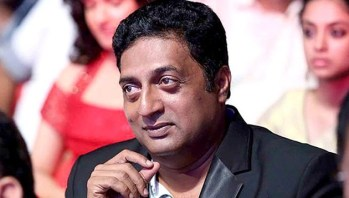 Prakash Raj demands 'sorry' for demonetisation