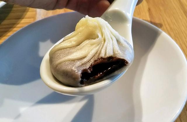 鼎泰豊のチョコレート小籠包