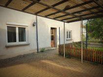 Innenhof Eingang (2)