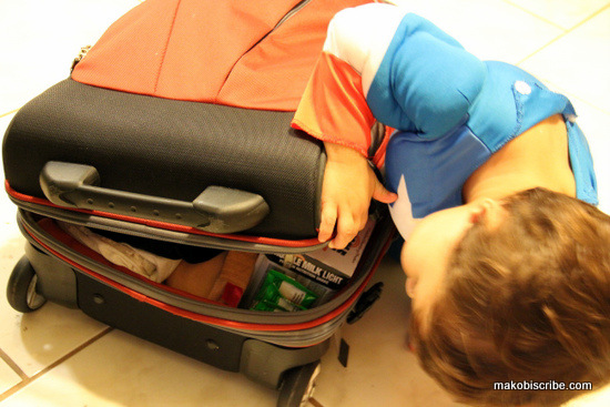 packing for airport with kids