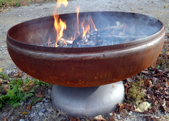 Why Fire Pit Cooking Grills Are Great For Outdoor Family Fun