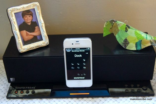 A Dock With Speakers For iPhone With Great Sound