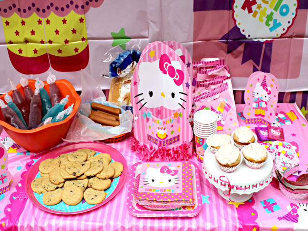 Kick Off Back To School With Hello Kitty And WalMart #HKSchoolStyle