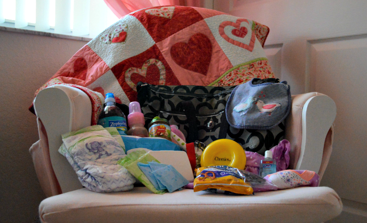Mom Essentials: Take a Peek Inside My Diaper Bag