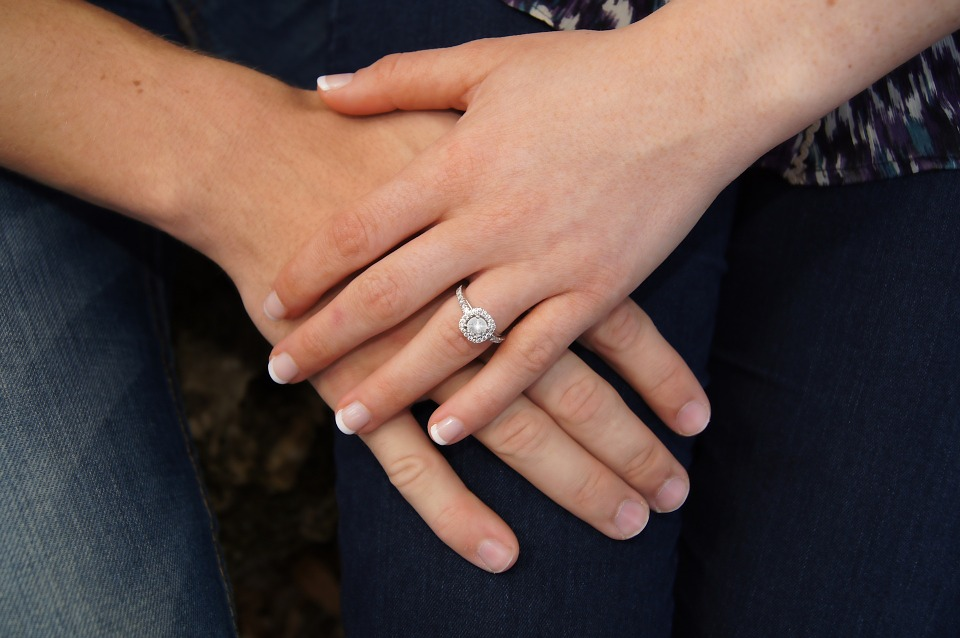 6 Expert Tips on Buying a Diamond Ring