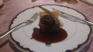 結婚式場のフィレ肉とフォアグラ