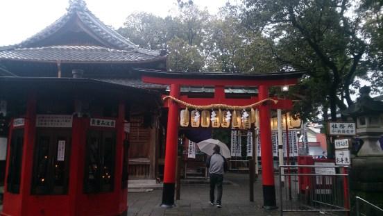 千代保の稲荷神社内