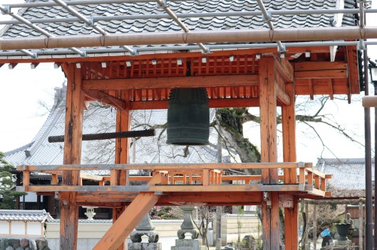 曼荼羅寺の鐘