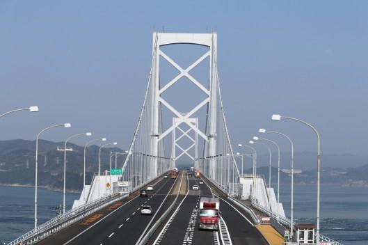 鳴門23-2うずしお汽船へ向かう途中で大鳴門橋を撮影2