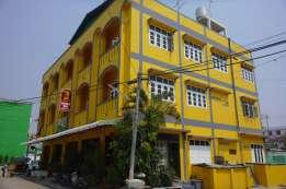 Shwe Shin hotel は400バーツから