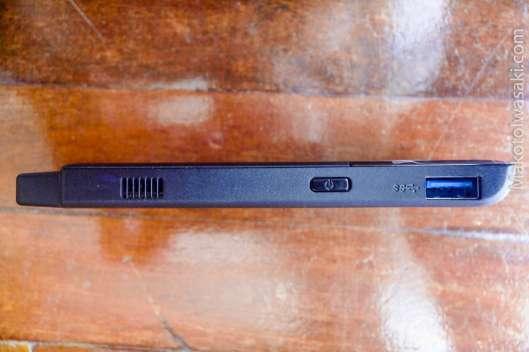 Intel Compute Stick STK2mv64CC 、電源ボタンとUSB3.0