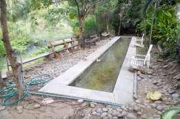 Roong Aroon温泉の足湯
