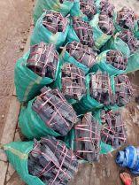 炭。ラオスでは炭焼が標準