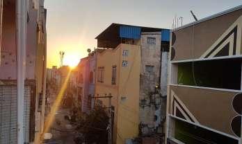 Tirupati の安宿は Vishnu Lodge 200 Rs