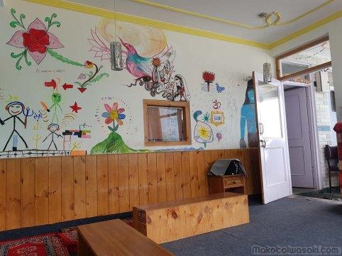 New Dharma Guest House の食堂