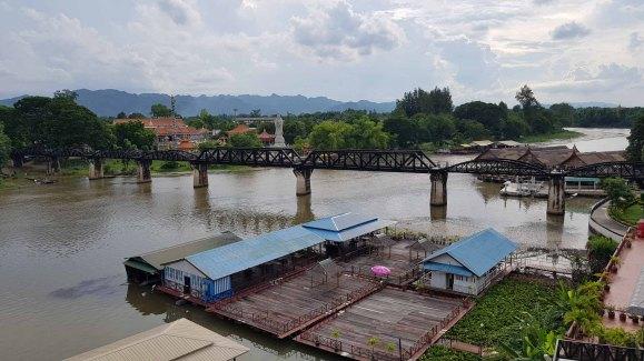 メクロン河永久橋