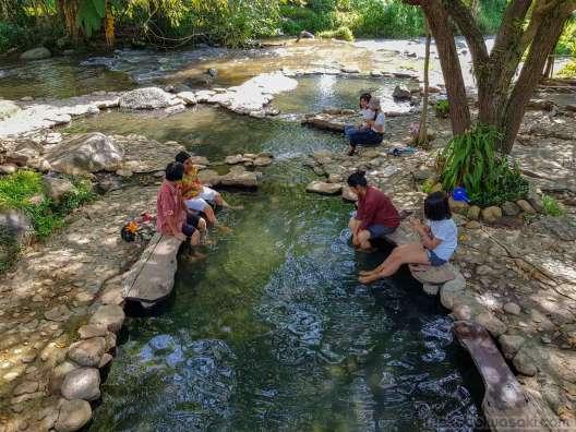 川に流れ出るこのあたりが無料利用に最適