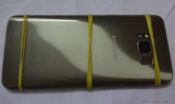 スマホの割れガラス修理はベトナムが安い! 6300円 Galaxy S8
