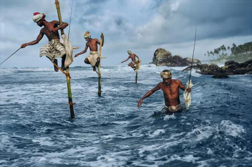 Steve McCurry,SRI LANKA. South Coast. Weligama. 1995. Fishermen.