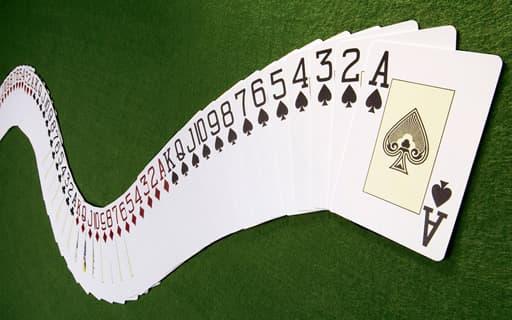 バカラのカードの数え方
