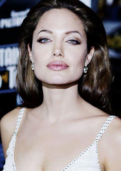 Angelina-Jolie-2017-Foto-Galeri-1