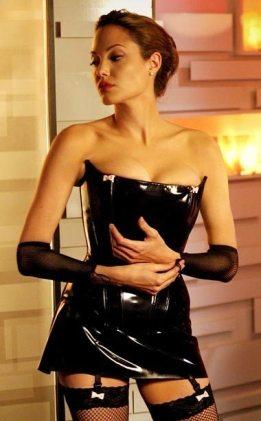 Angelina-Jolie-66