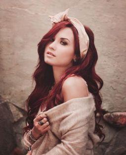 Demi-Lovato-11