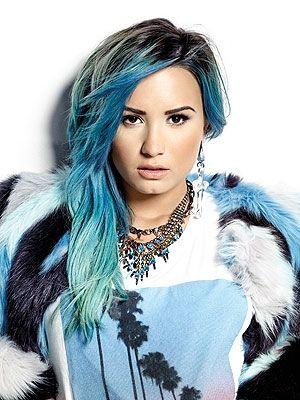 Demi-Lovato-17