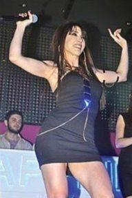 Hande-Yener-2014-37