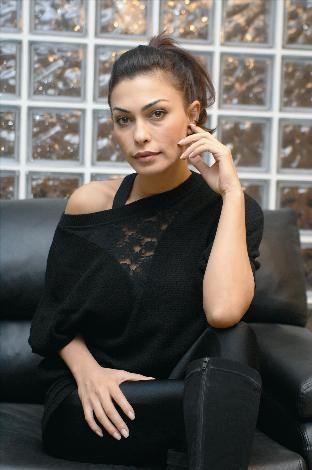Leyla-Bilginel-Leyla-Komurcu-Foto-Galeri-4