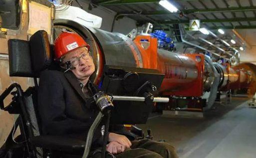 Stephen-Hawking-2018-16