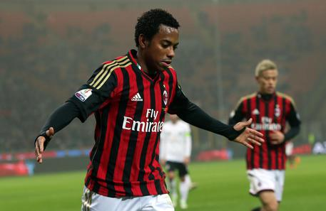 Milan's Robinho jubilates after scoring the goal during the Italy Cup soccer match AC Milan vs Spezia Calcio at Giuseppe Meazza stadium in Milan, Italy, 15 January 2014. ANSA/MATTEO BAZZI