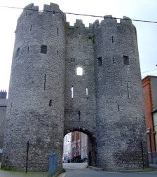 St Laurnets Gate 2