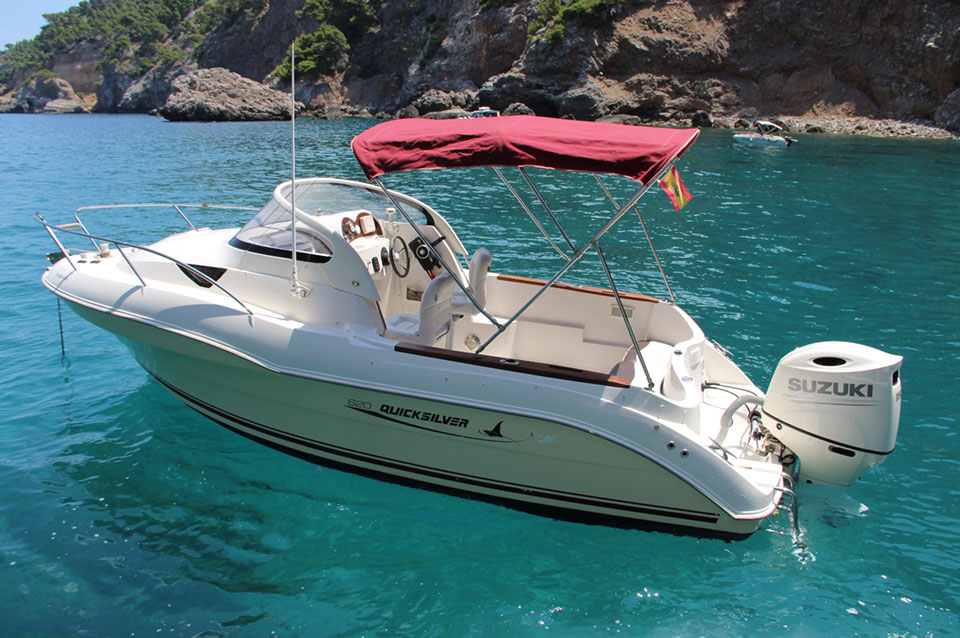 Boat hire Mallorca with license Quicksilver QS 620