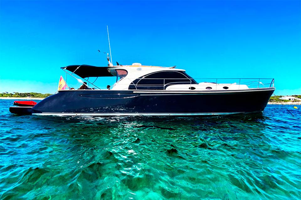 Luxury Yacht Charter Port Andratx Mallorca