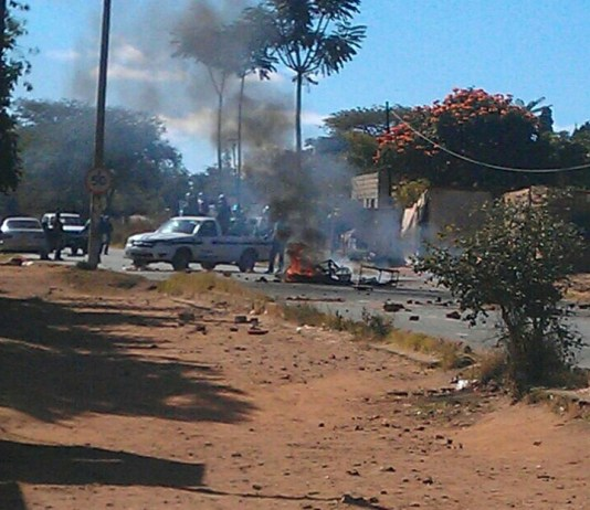 Zimbabweans WARNED - ANYONE WHO SHARES PICTURES FROM #ShutDownZim to be ARRESTED - POTRAZ