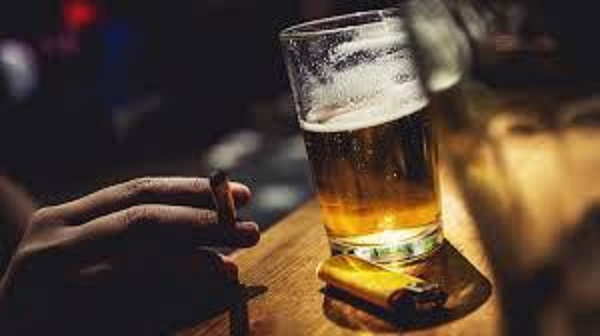 Bad News for drinkers,smokers as government considers introducing special tax