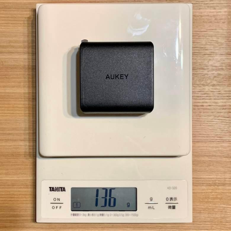 AUKEY PA-Y10の重さ
